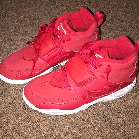 Nike Other - Nike Air diamond turf red men size 8